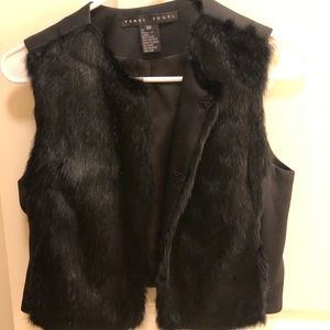 Yansi Fugel rabbit fur vest size xs black